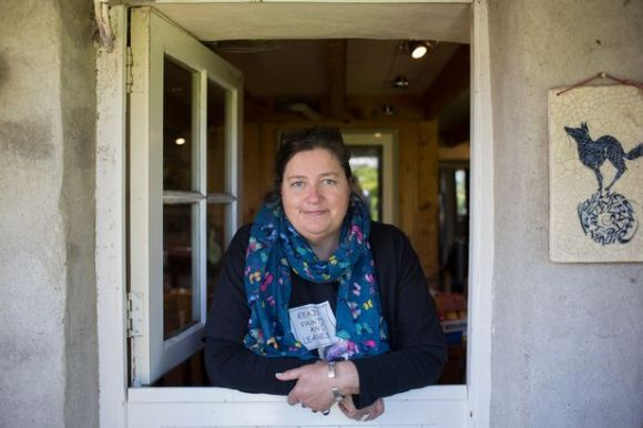 Jackie Morris Author Pic
